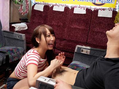 【エロ動画】巨乳美少女・倉多まおちゃんのフェラチオ・手コキ・パイズリを耐えたら中出しできる企画!