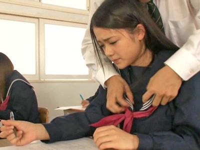 【エロ動画】どこでもセックスしていい世界でフェラチオ&中出しされるスレンダー巨乳の女教師
