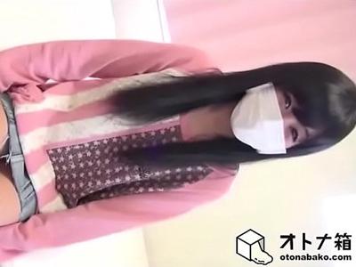 【エロ動画】貧乳スレンダーな美少女がニコ生で中出しハメ撮りを実況!