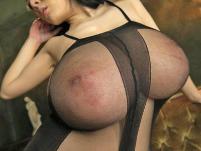 【エロ動画】爆乳痴女Hitomiの圧倒的パイズリ&騎乗位でザーメンが中出し暴発!