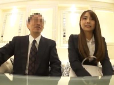 【エロ動画】ホテルで上司からマッサージを受け騎乗位・後背位で中出しされた美人OLのハメ撮りセックス