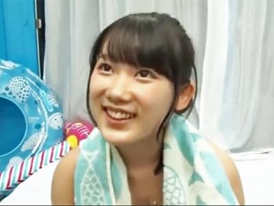 【エロ動画】MM号にナンパされた水着のスレンダー美少女がマッサージ後に中出しされちゃう!