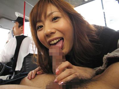 【エロ動画】タクシーの中で欲情しフェラチオ&後背位&駅弁で快感を求める巨乳痴女の麻美ゆま